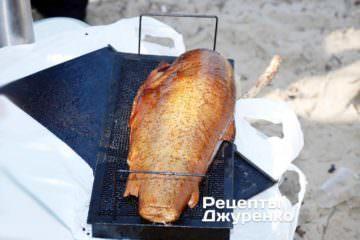 Фото до рецепту: сьомга гарячого копчення
