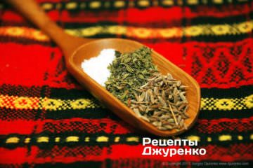 Спеції в кебаби: сіль, чабер і зіра