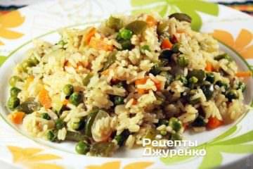 В рис можно добавлять любые овощи
