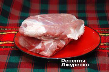 Свинина для болгарської мусаки