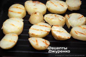 поджарить отваренный картофель