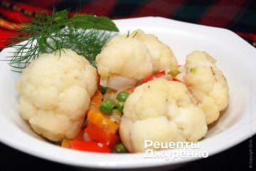 Фото рецепта тушкована цвітна капуста з овочами