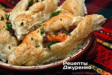 Фото рецепта расстегаи с рыбой