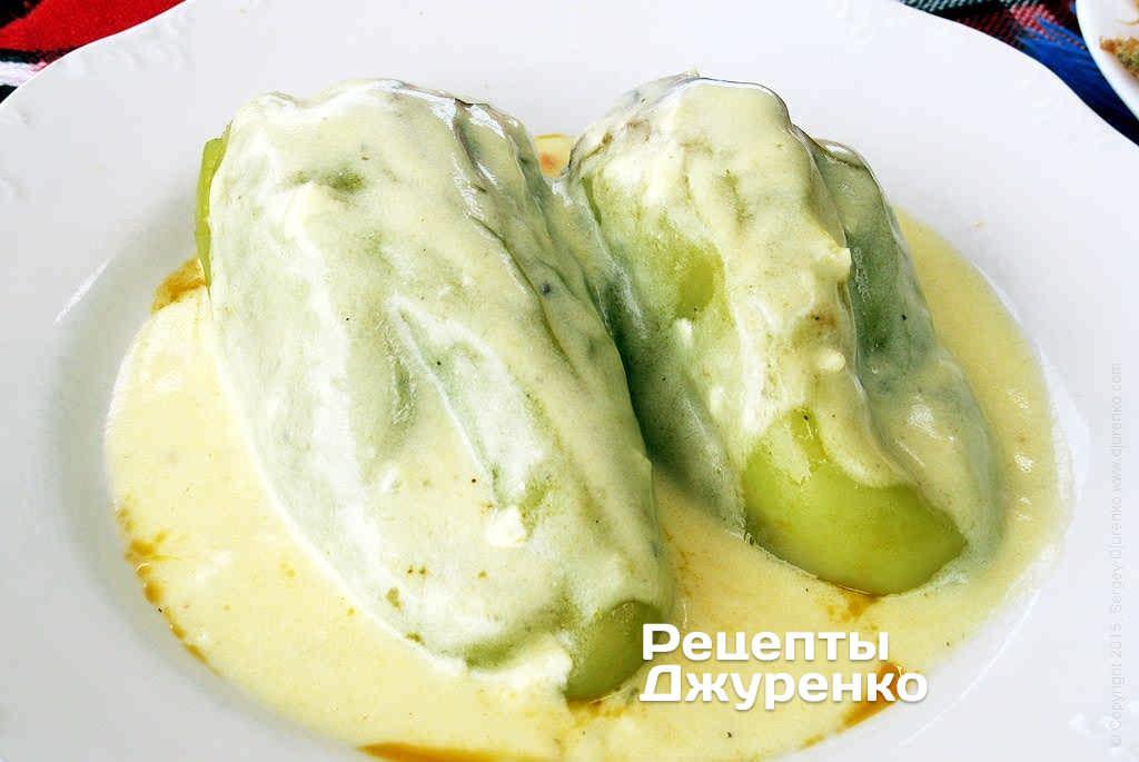 Фото готового рецепту фарширований болгарський перець в домашніх умовах