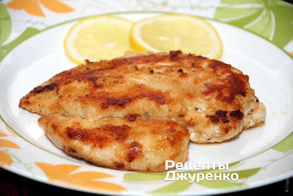 Фото готового рецепта отбивная из куриного филе в домашних условиях