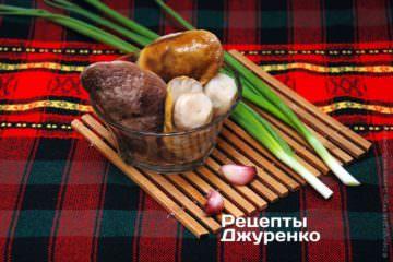 Подготовленные белые грибы