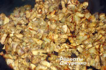 лук поджарить с грибами