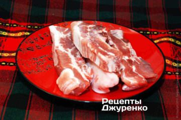 Свиные ребра лучше купить свежие