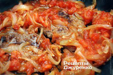 тушкувати м'ясо з соусом
