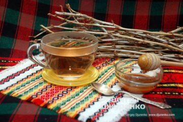 Фото рецепта чай з пагонів смородини