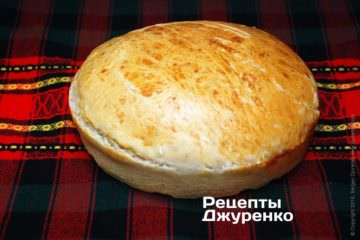 Хліб спечений у формі