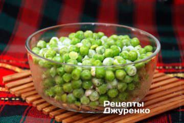 Свежезамороженный зеленый горошек