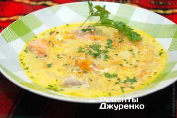 розлити суп по тарілках
