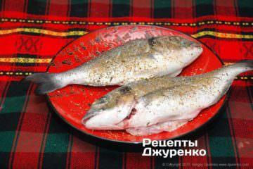 підготовлена до смаження риба