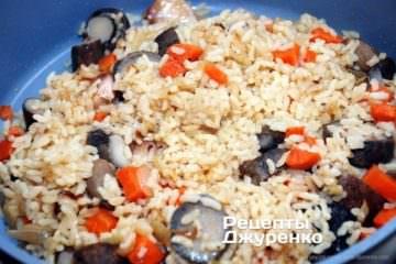 Вся волога повинна поглинутися рисом