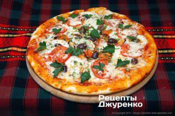 Фото до рецепту: піца з мідіями