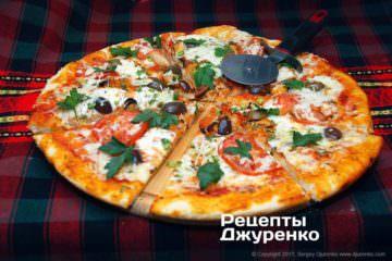 Пиццу разрезать