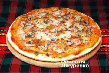 Фото до рецепту: піца з печерицями