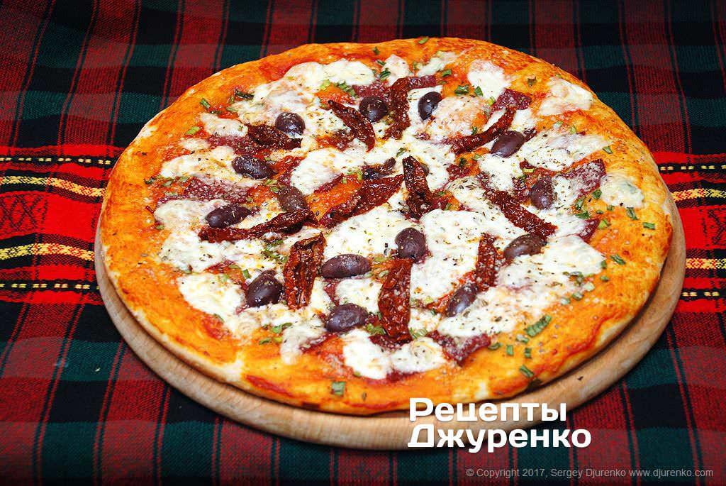 Рецепт пицца с колбасой и помидорами