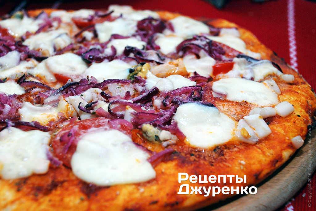 Фото готового рецепта пицца коктейль с морепродуктами в домашних условиях