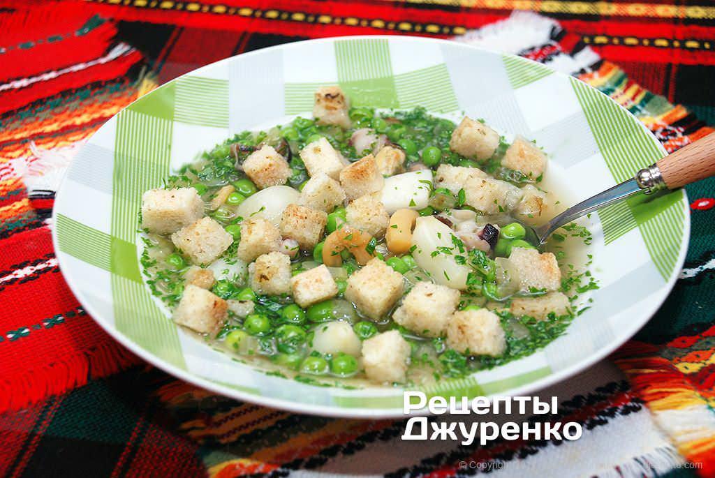 Суп с морепродуктами и овощами