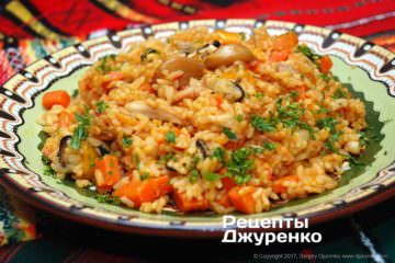 рис темно-желтый