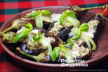 Фото рецепта баклажани з часником