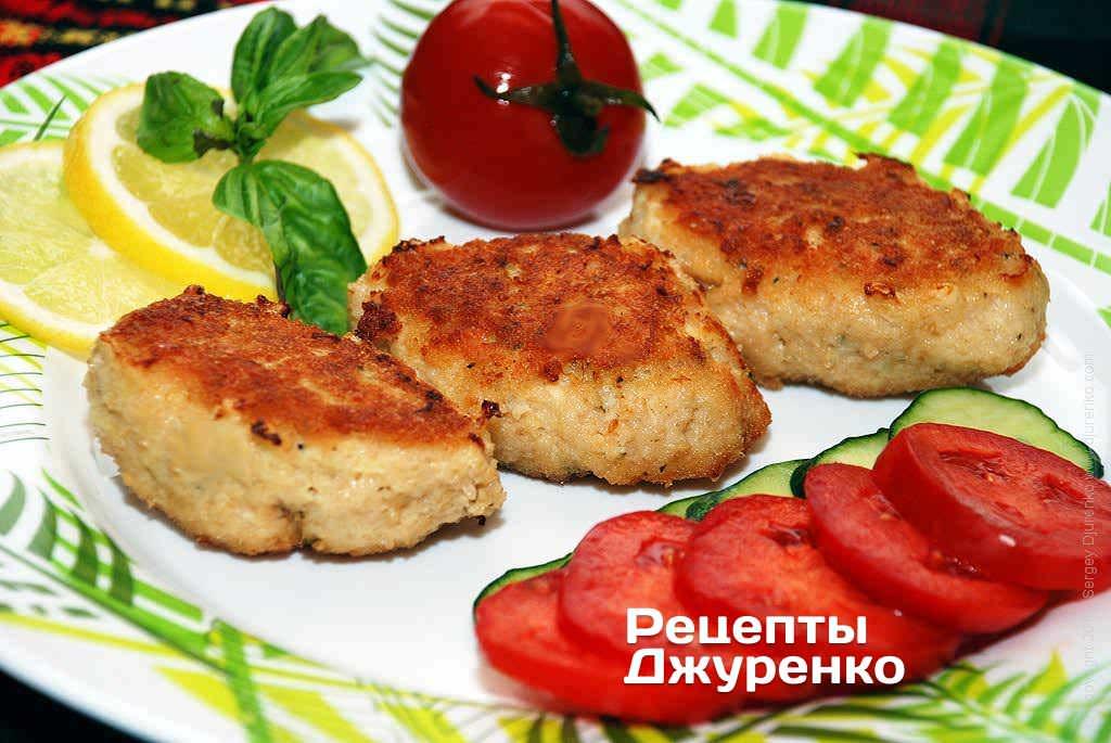 Фото готового рецепту рибні котлети в домашніх умовах