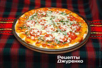 Испечь пиццу до готовности
