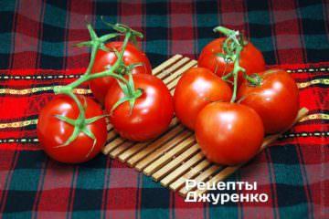 стиглі помідори