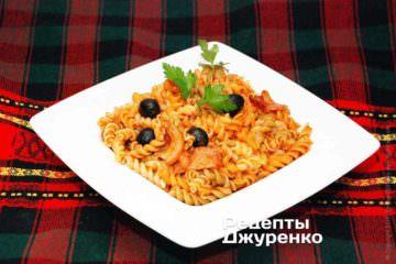 Паста с беконом или копченым мясом - вкусный завтрак