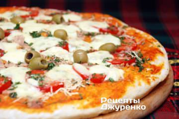 Фото рецепта пицца с тунцом и томатами