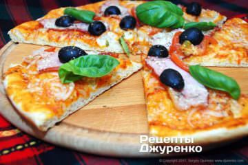 пицца с мясом