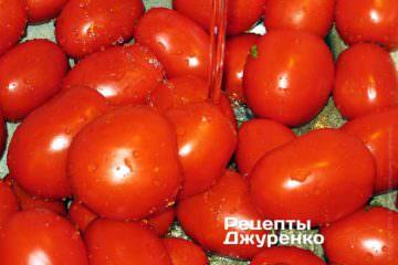 Помыть помидоры