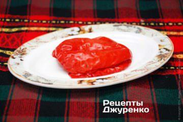 Червоний солодкий перець треба спекти