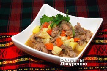 Тушеная картошка с мясов