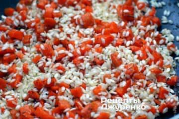 Додати рис і обсмажити