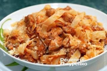 Фото рецепта м'ясний соус «аматрічана» з пастою