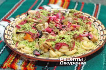 Фото рецепта салат из мидий с пастой
