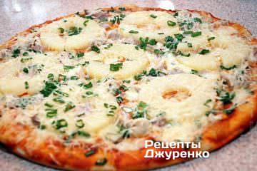 піца з ананасами
