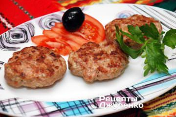 Фото до рецепту: кюфта — котлета зі свинини на грилі