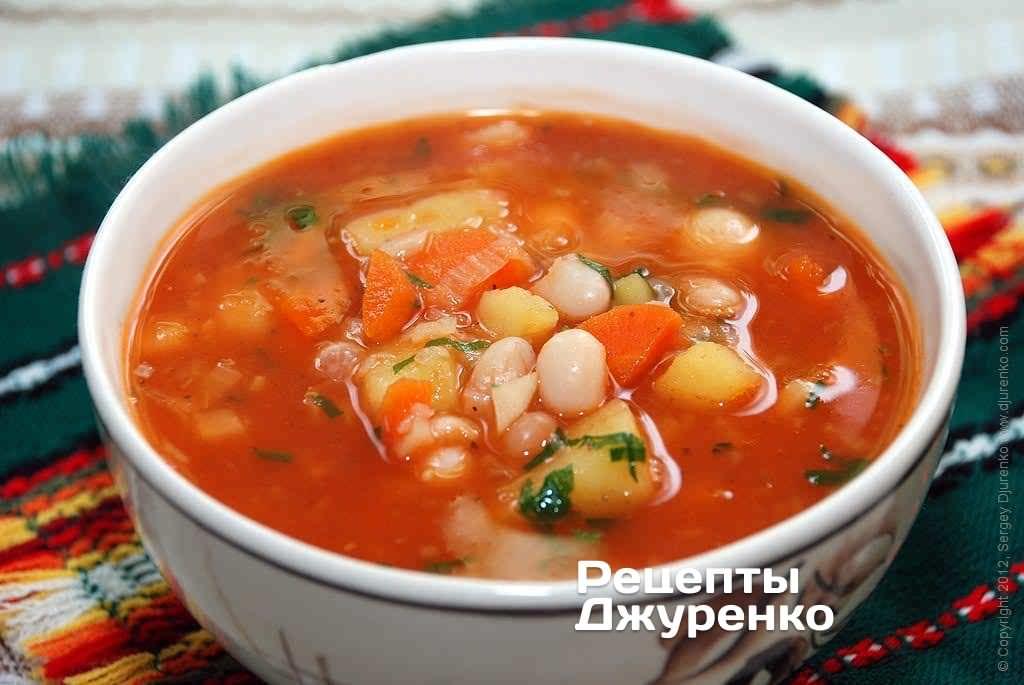 Фото готового рецепту томатний суп з квасолею в домашніх умовах