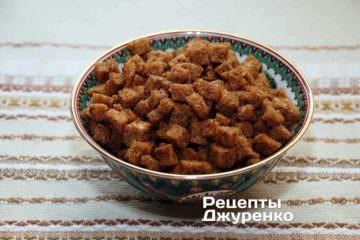 сухарики с чесноком