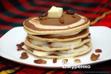 Фото рецепта панкейки на молоке на завтрак