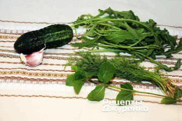 Ингредиенты. Кисломолочный соус-салат. Домашний рецепт