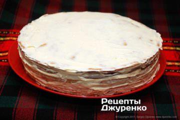 змастити торт кремом