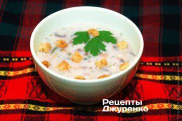 Суп из шампиньонов с сухариками