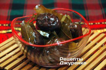 Фото к рецепту: сливы маринованные
