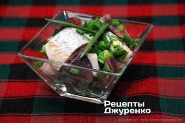 Фото рецепта закуска из селедки с луком