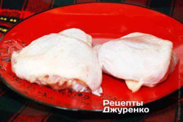 Куряче стегно - відмінно підходить для готування